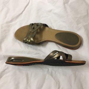 Cole Haan slides with NikeAir